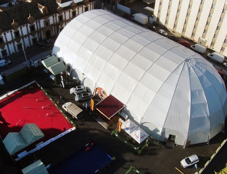 Nueva carpa Iglú-Orbit-Zeppelin